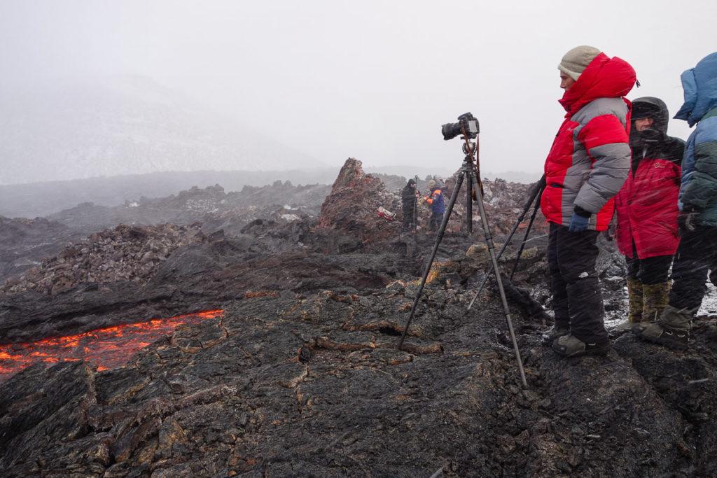 tolbachik-kamchatka-eruption-lava-photo