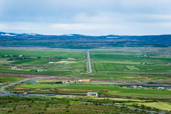La longitud total de la Carretera de Circunvalación es de 1332 kilómetros (828 millas)