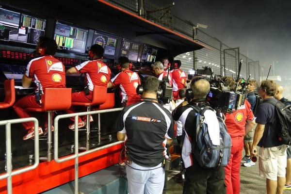 formula1-singapore-2015-12