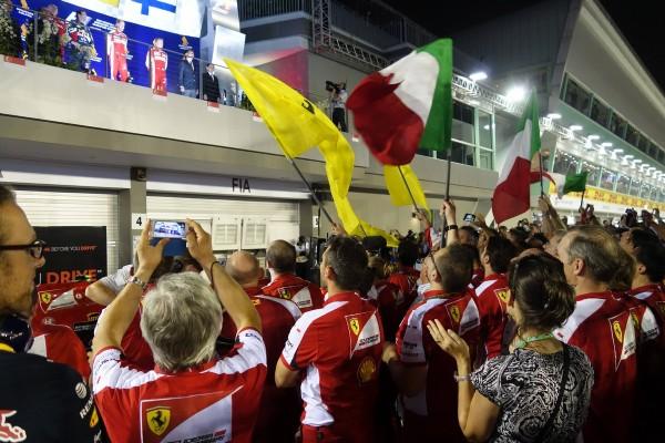 formula1-singapore-2015-18