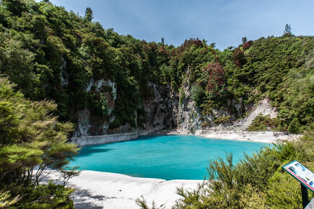 New Zealand Waimangu