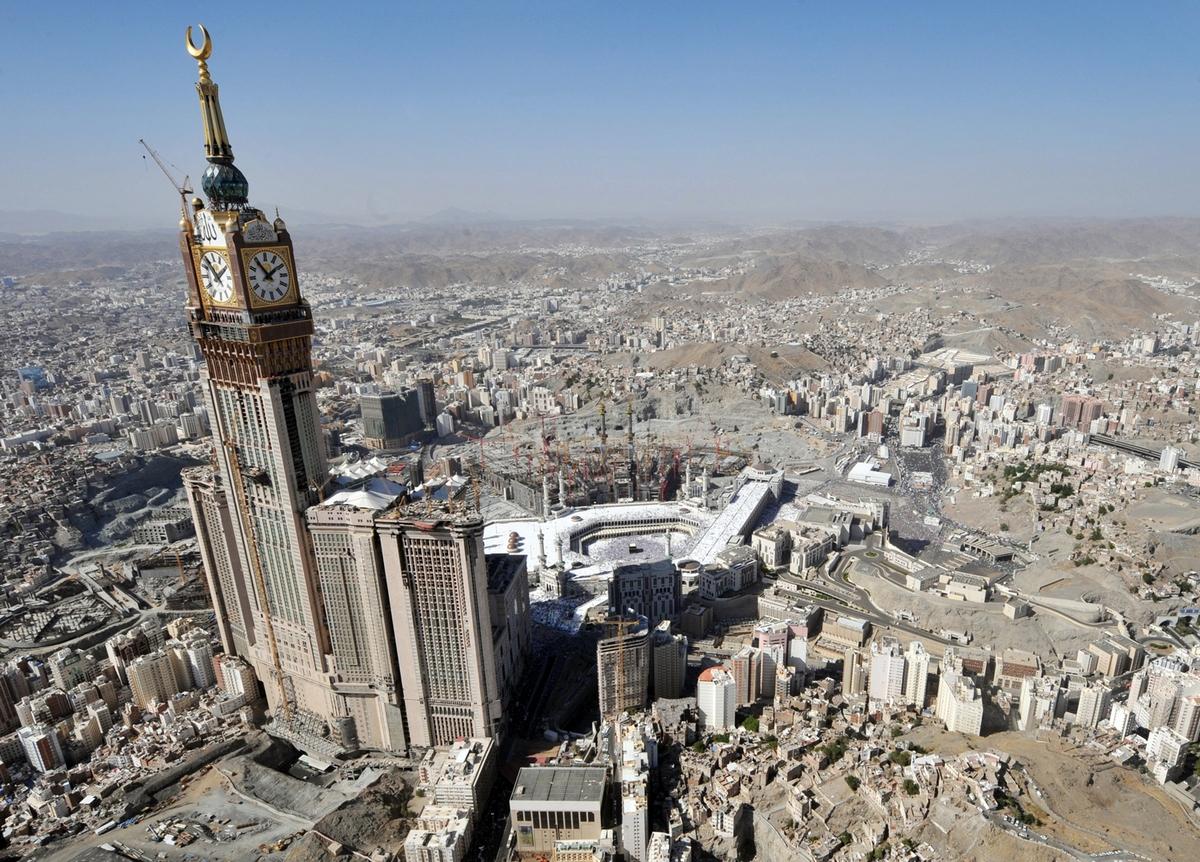 Image: An aerial view taken November 7, 2011 sh