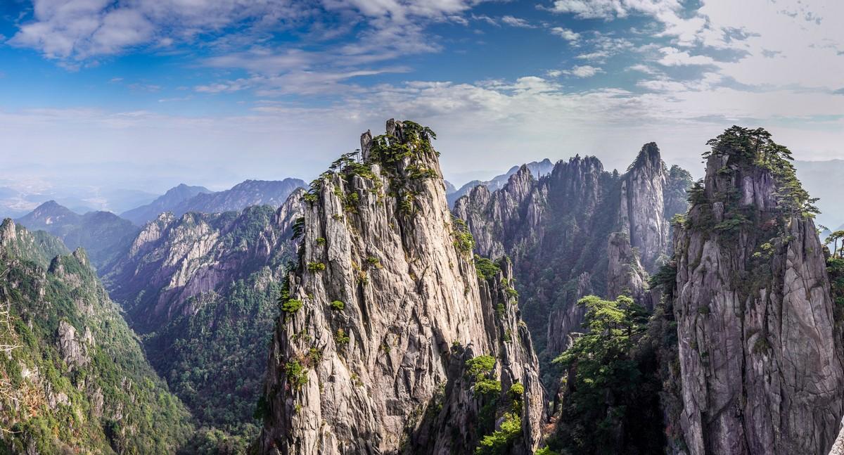 Вычурные пейзажи Жёлтой горы. Часть 1.