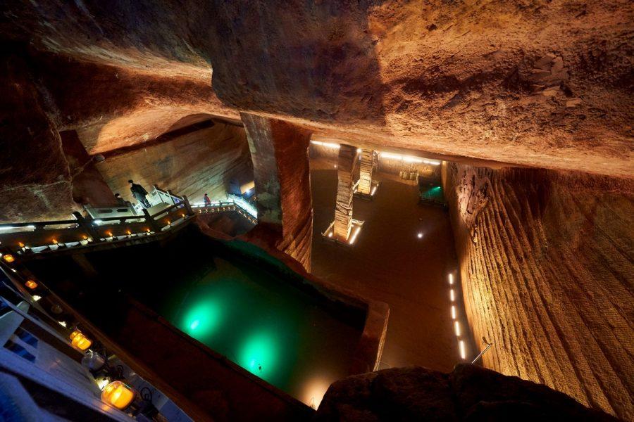Пещеры со всеми неизвестными.