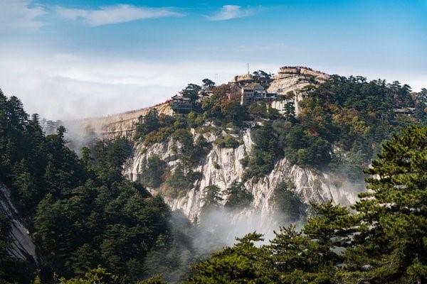 12 красивейших мест в мире. №7 — Гранитный великан.