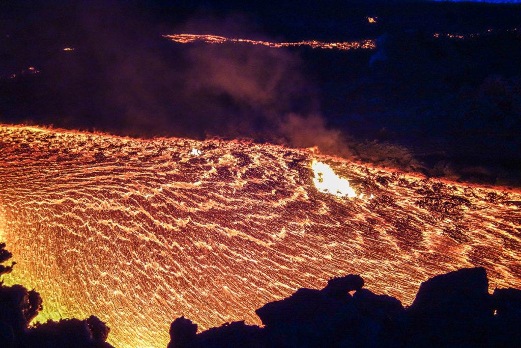 tolbachik-lava-eruption-kamchatka