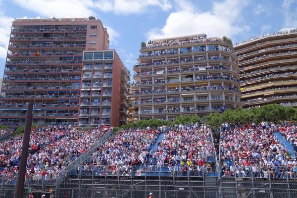 Les habitants du penthouse à trois fenêtres ne sont clairement pas fans de F1, et ?