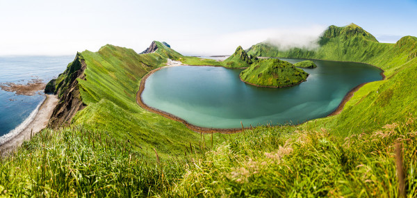 L'île Ushishir (les îles Kouriles)