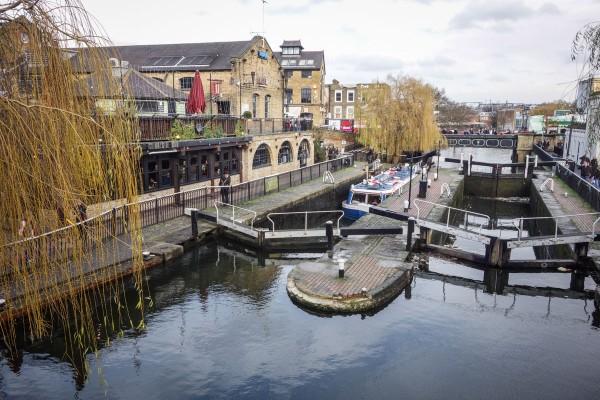 ロンドンの運河