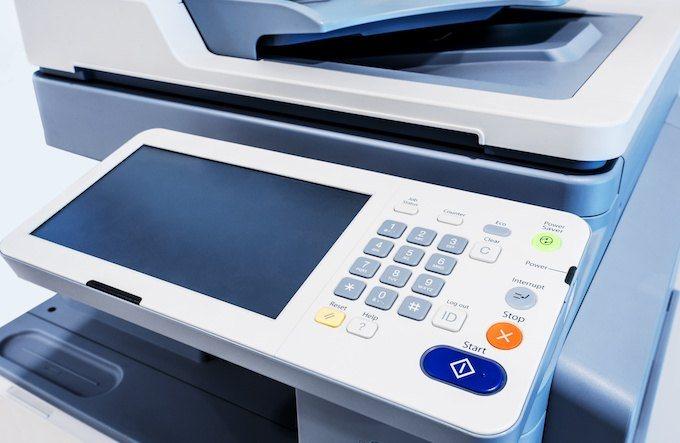 Специалисты проникли в локальную сеть через факс