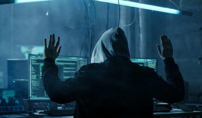 hacker_busted_arrest