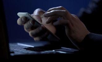 mobile-banker-riltok
