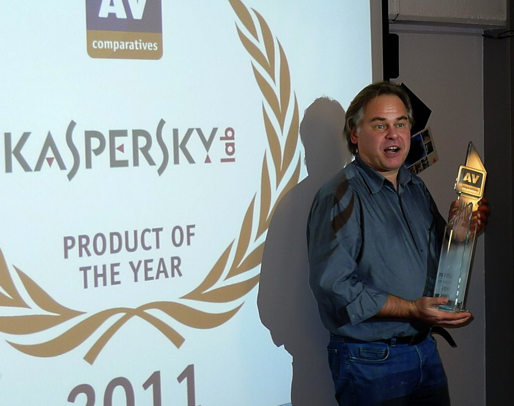 Eugene Kaspersky accepting award for product of the year