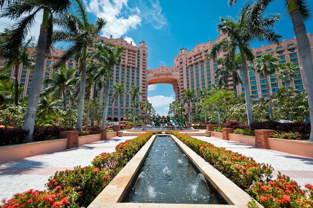 Nassau's Atlantis Hotel   Nota Bene: Eugene Kaspersky's ...