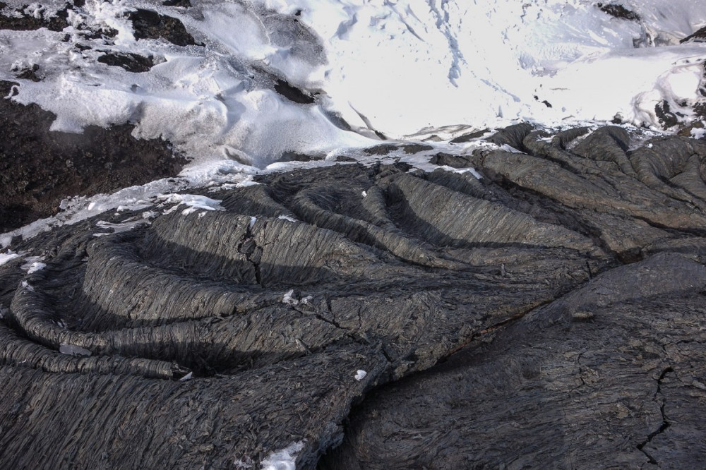 tolbachik-lava-kamchatka-cool4