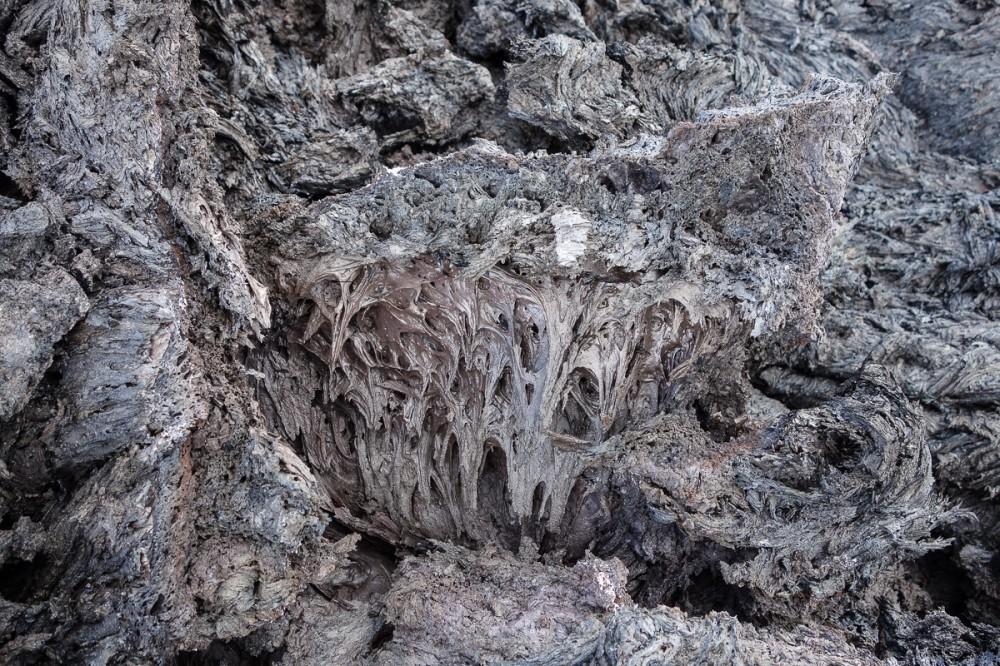 tolbachik-lava-kamchatka-cool1