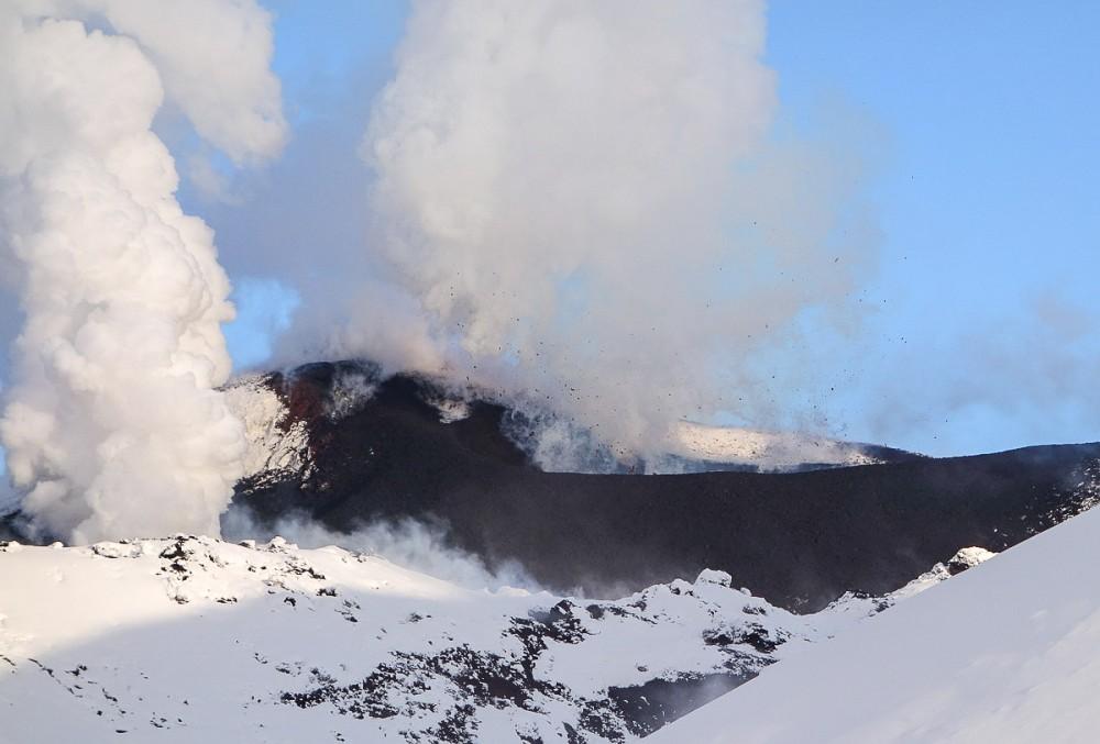 tolbachik-eruption-volcano-lava-kamchatka6