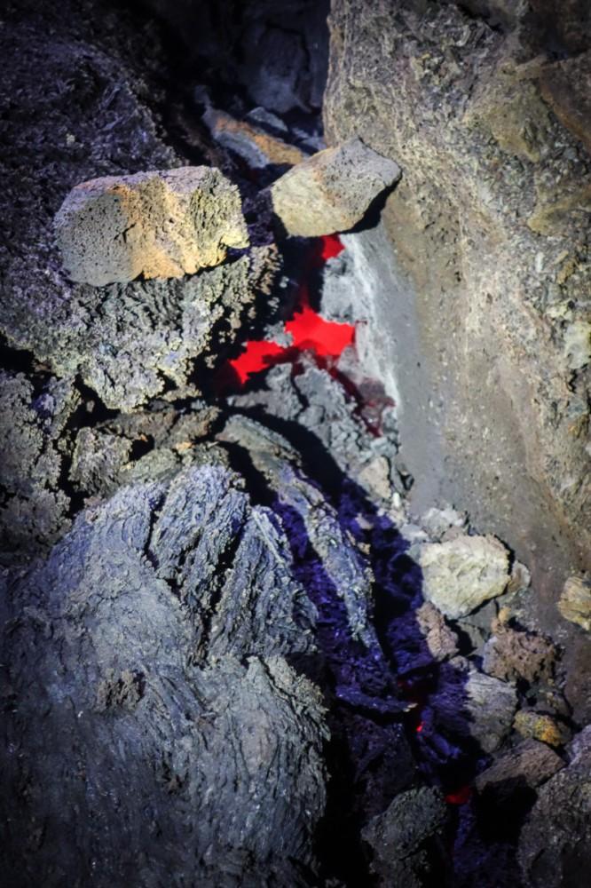 tolbachik-eruption-volcano-lava-kamchatka4