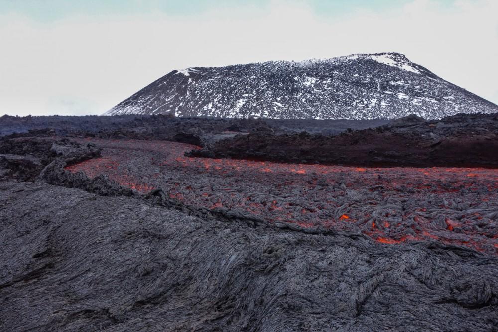tolbachik-eruption-volcano-lava-kamchatka03