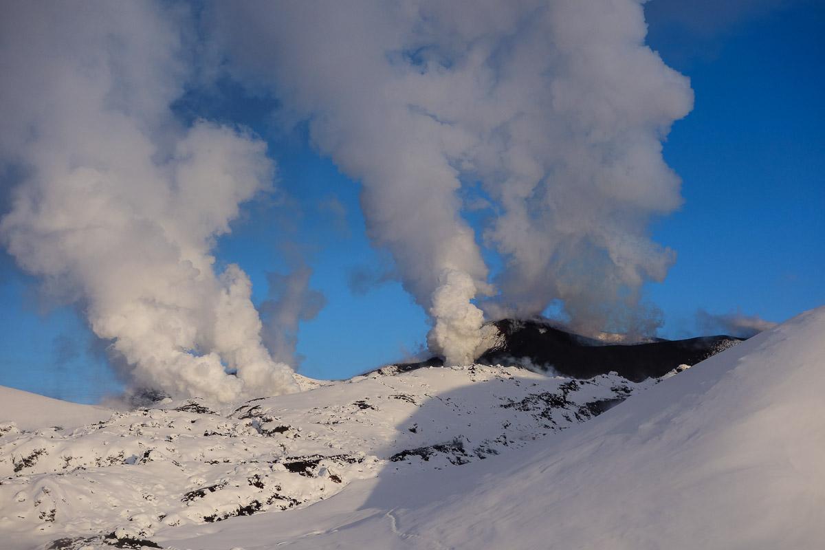 tolbachik-eruption-kamchatka