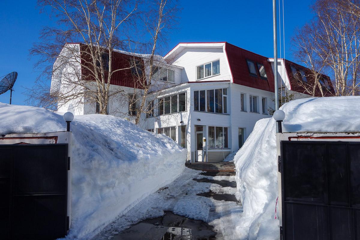 kamchatka-winter-snow-house2