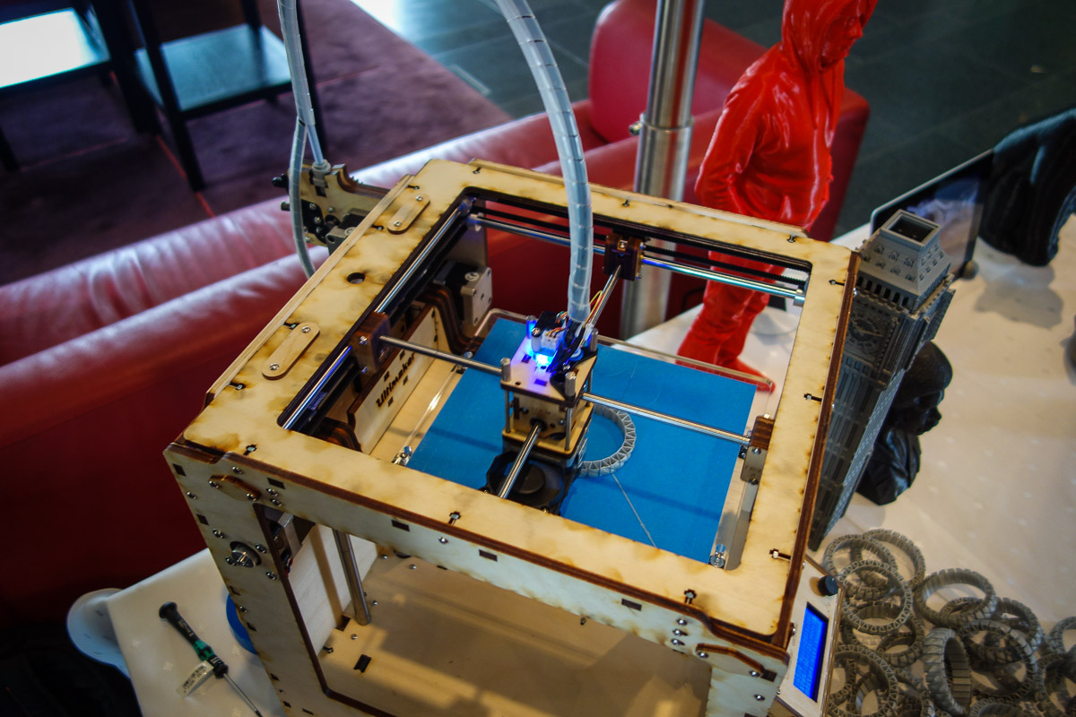Munich_Germany_24_hours_conference_3d_printer1