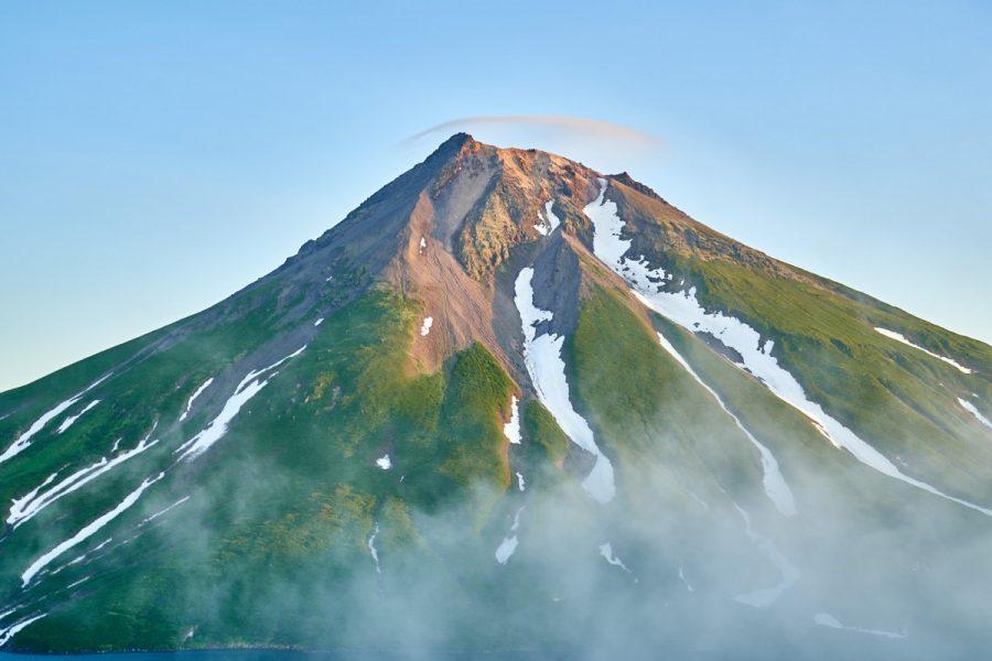 Известные горы пики на курильских островах фото