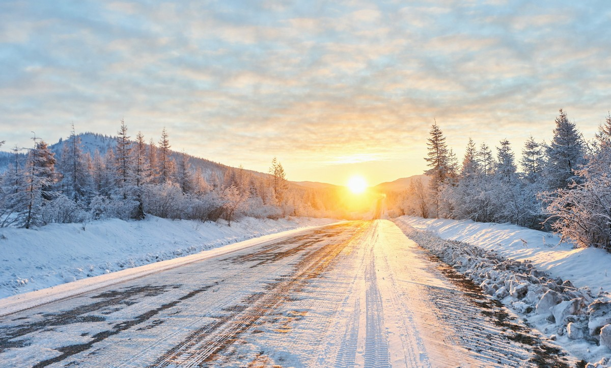 Magadan to Moscow in a car – very cold and very far.